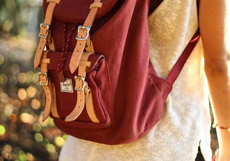 3 dôvody, prečo vám na turistiku stačí aj obyčajný batoh