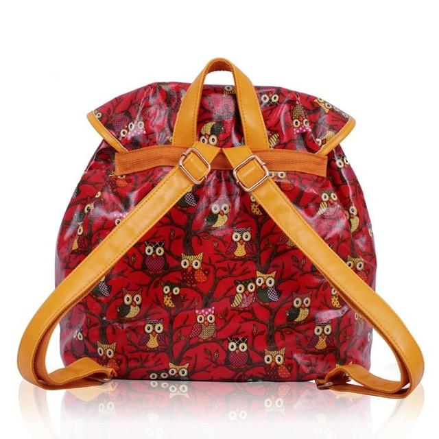 ruksak-cerveny-kresleny-potlaceny-sovickovy