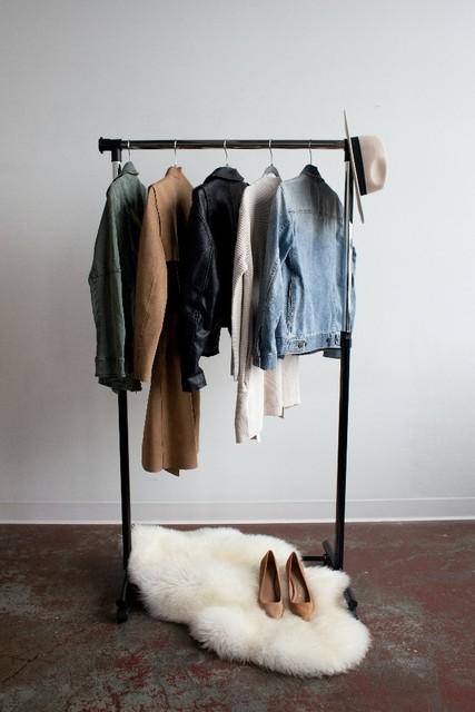 šatník s oblečením